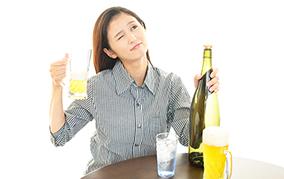 翌日後悔する二日酔い!予防対策を知って楽しいお酒を