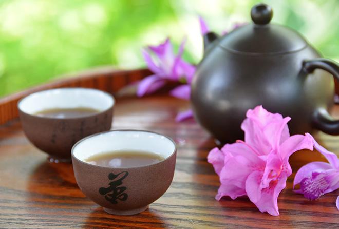 """ダイエット効果のある""""ウーロン茶""""は飲むタイミングに要注意!"""