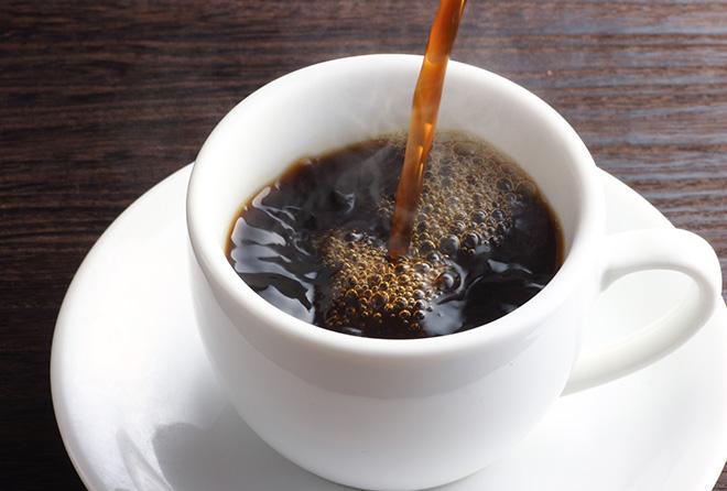 """摂り過ぎは死を招く?! """"カフェイン""""の適量はどのくらいなの?"""