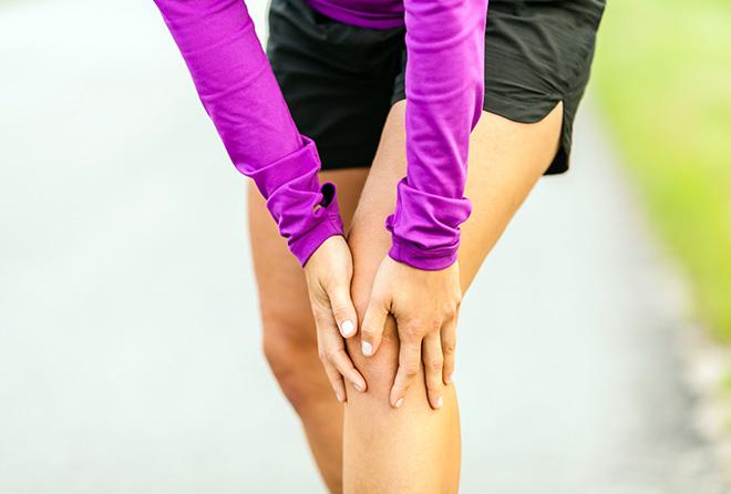 ひざ肉さえ落とせば美脚になれる!簡単エクササイズ