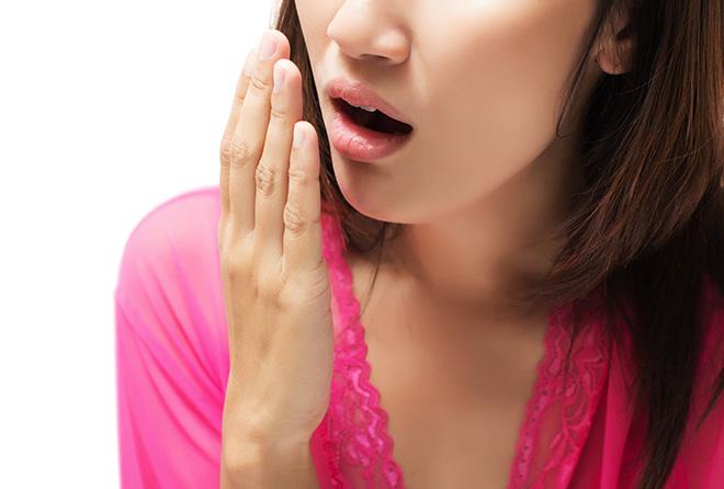 覚えておきたい、気になる口臭を防ぐ飲み物・食べ物!