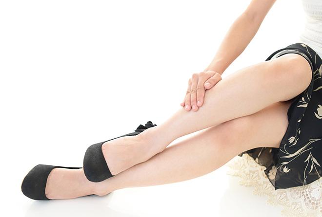 女性の悩み! 足のむくみを食べ物ですっきり解消する方法