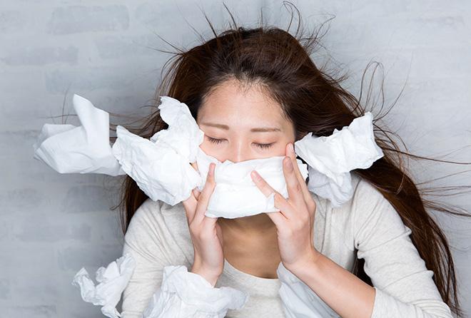 出先で便利! ズルズル止まらない鼻水を止める対処法3つ