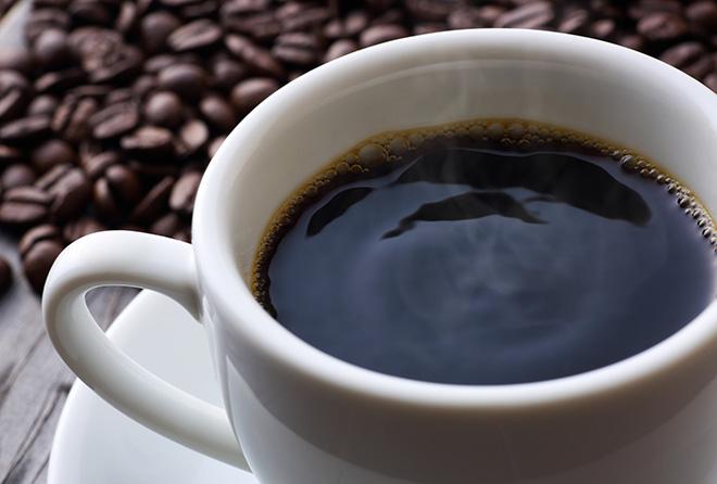 もうひと頑張りしたい! でもカフェインの摂取には要注意