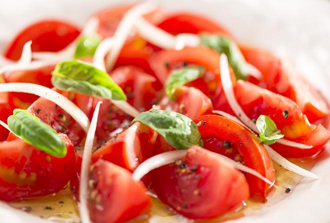 """夏のお肌のエイジングケアに""""トマト""""は加熱して食べるのが◎"""