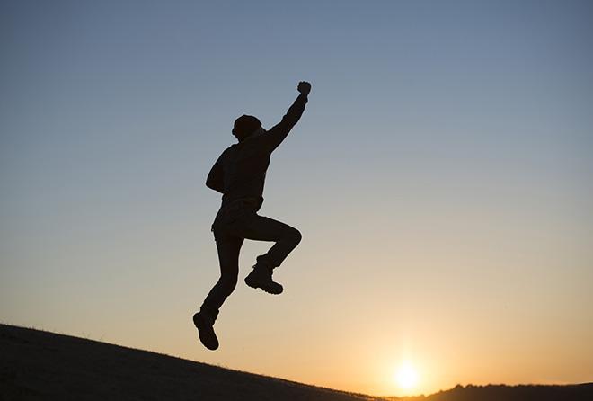 早起きの効果を感じるために、朝一番にすべきことは?