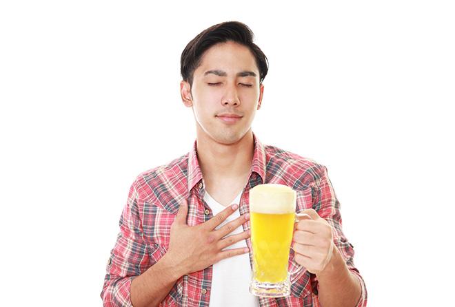 百薬の長か、心身を蝕む悪者か。お酒のメリットとデメリット