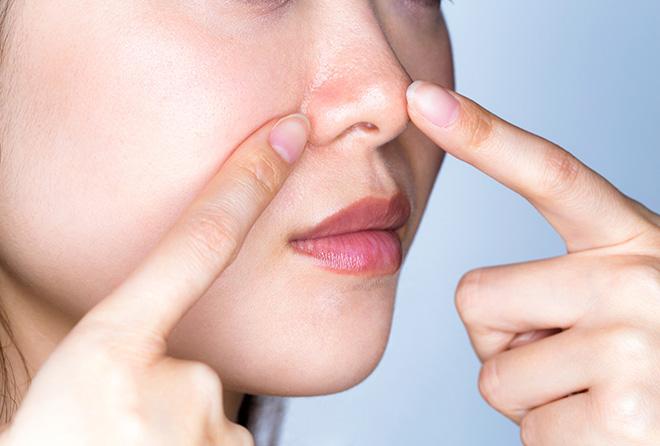 イチゴ鼻の角栓を意外な食品で取る方法