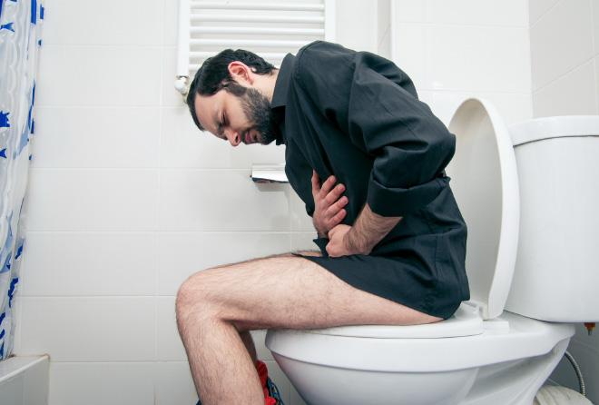 激しい痛みを伴う病気「尿路結石」を予防するには