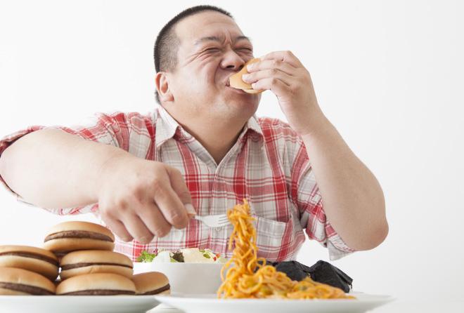 食べすぎちゃダメ、空腹こそ究極のアンチエイジングだった!