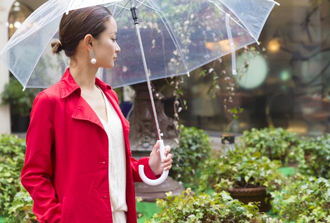 雨の日こそ散歩するべき。雨音には抜群のリラックス作用が