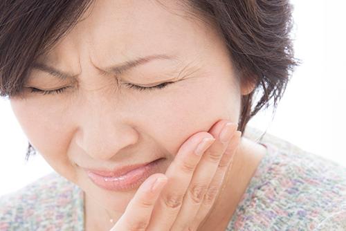 口内炎の種類と口内炎の原因