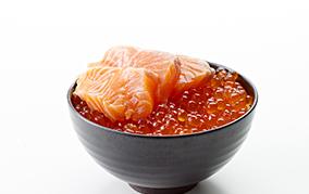 安くて美味しくて美肌と健康に欠かせない、鮭は美容のスーパーフード!